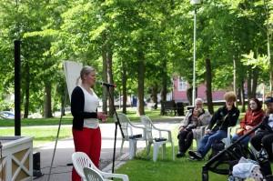 Susanne Uusitalo alusti addiktioista keskiviikkona. Kuva: Risto Hietala