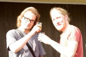 Antin oli aikataulullisten kiireidensä takia pakko lähteä pois pian tapahtuman jälkeen, mutta ehdimme nauttia viskit alustuksen ja Puistofilosofia-viikon kunniaksi